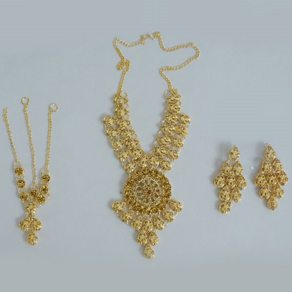 Bridal Gold Plated Necklace Set With Earrings And Tikka