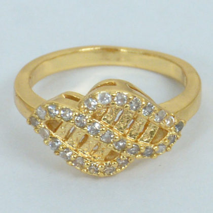 Dual Leaf With Shaded Diamond Gold Plated Ring