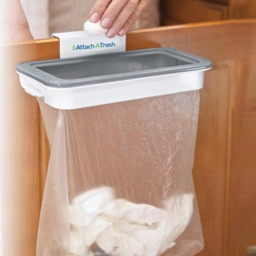 attach-a-trash-the-hanging-trash-bag-holder-with-lid_2_