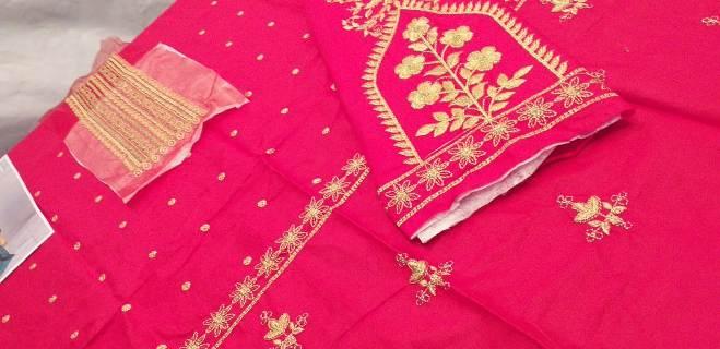 maria-b-kids-lawn-dresses-in-pakistan (10)