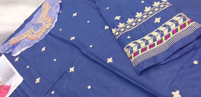 maria-b-kids-lawn-dresses-in-pakistan (7)